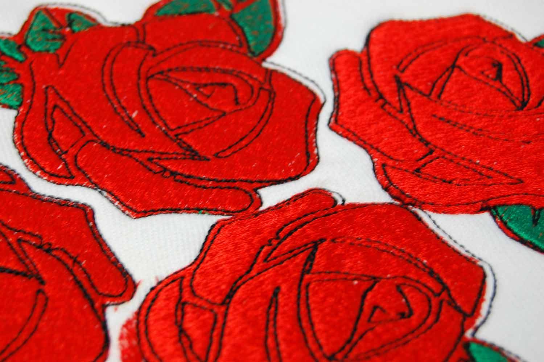 Haft-komputerowy-czerwonych-roz