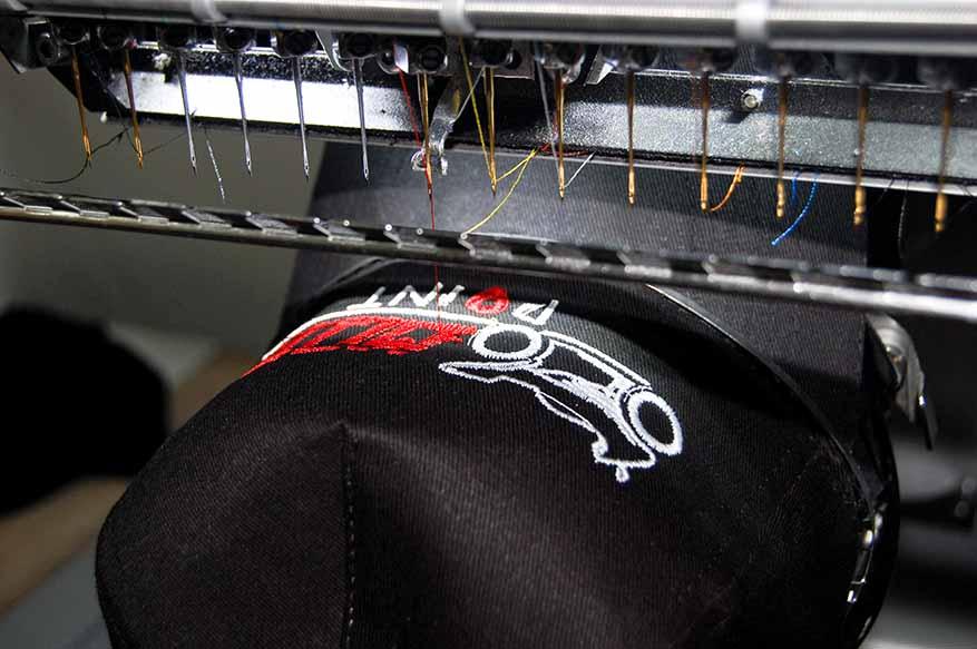 Haftowanie-logo-firmy-na-czapce-fullcap