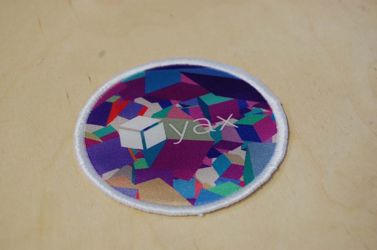 Naszywa-dla-firmy-yax-interactive